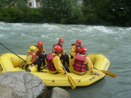 rafting-na-rece-noce-start.jpg
